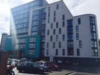 Excellent modern 1 bedroom apartment in city centre with underground garage