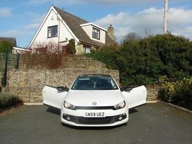 2010 (59) VW SCIROCCO 2.0 GT TDI COUPE 140 DSG CANDY WHITE, WINTER PACK. PAN ROOF & PADDLE SHIFT
