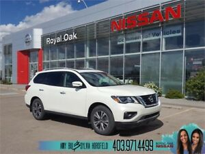 2018 Nissan Pathfinder SL Premium ** Executive Demo **