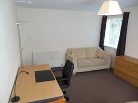 Various Student rooms to rent, all bills and internet included.