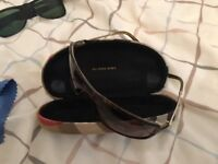 Burberry Sunglasses with box