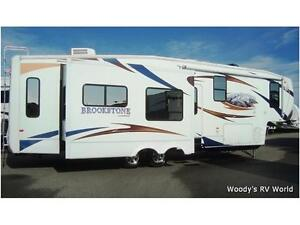 2010 BROOKSTONE 367RL (BY COACHMAN) CERTIFIED PRE OWNED