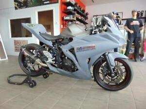 YAMAHA LAVAL : YZF-R3 , ( RACE BIKE ) TRACK ONLY !!!