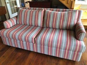 """""""Simply Cottage"""" Sofa"""