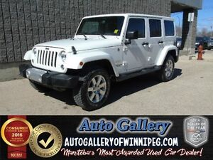 2015 Jeep Wrangler Unlimited Sahara 4x4 *Nav