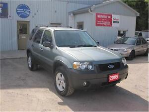 2005 Ford Escape XLT|ONE OWNER|MUST SEE|163 KM|6 CD CHANGER