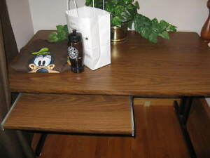 Desk London Ontario image 1