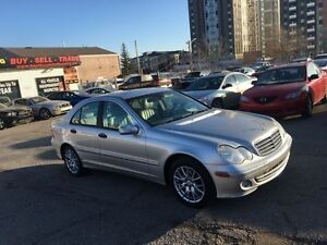 2005 Mercedes-Benz C-Class C240 Luxury Sedan 4Matic