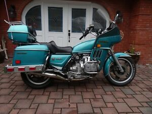 MINT 1981 HONDA GOLDWING TOURING WITH COLLECTOR PLATE
