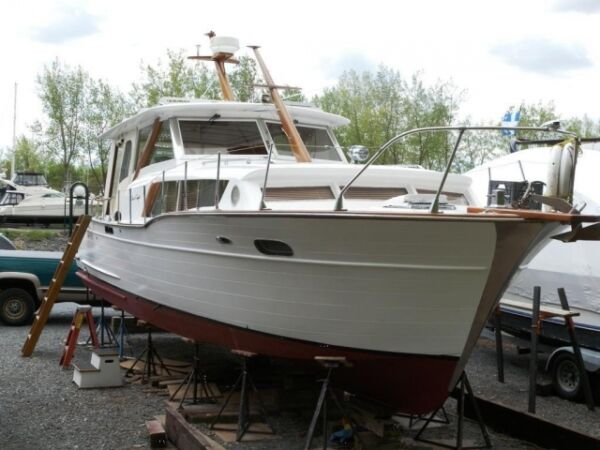 Used 1962 Chris-Craft Constellation 34 pieds,VÉRITABLE BOIS D'ACA