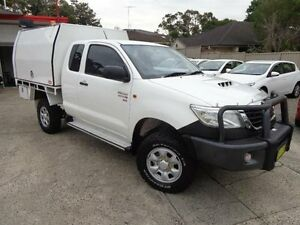 2012 Toyota Hilux KUN26R MY12 SR (4x4) White 5 Speed Manual Sylvania Sutherland Area Preview