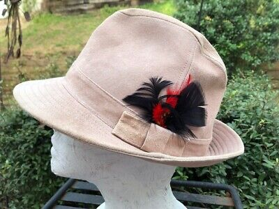 Peter Grimm Fedora 100% Pig Suede Light Tan Feathers One Size Men Women (P) (Peter Grimm Fedora)