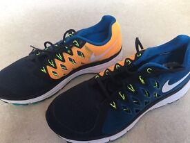 Nike Vomero 9 Trainers