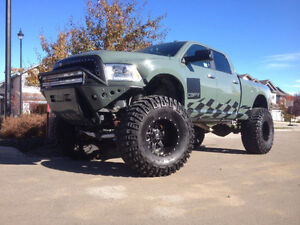 2013 Dodge Ram 2500 Lifted Diesel Showtruck