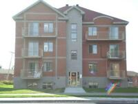 2 BEDROOM CONDO FOR RENT IN PIERREFONDS