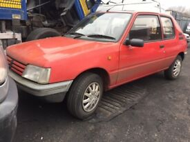 PEUGEOT 205 AUTO 1995 BREAKING FOR SPARES