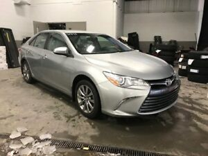 2015 Toyota Camry XLE CUIR TOIT MAGS