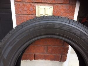 4 GoodYear Ultragrip Winter Tires 205/60/R16 (Great condition)