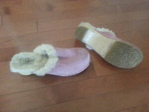 Ladies Ugg Clogs - Size 7