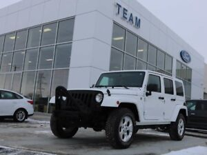 2013 Jeep Wrangler Unlimited SAHARA, ACCIDENT FREE, HEATED FRONT