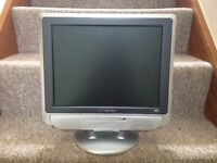 Swisstec S15-5 LCD tv with built in DVD player + cables and remote control