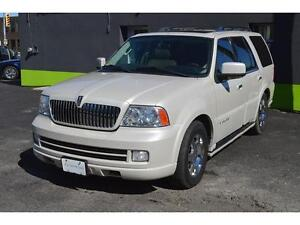 2006 Lincoln Navigator 4WD Luxury with SUNROOF, LEATHER, DVD