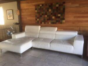 Grand sofa avec chaise longue tout cuir blanc