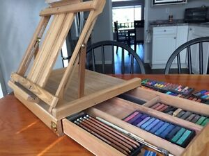 Table top easel complete with pastels