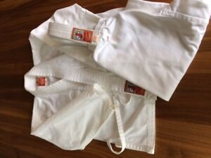 Kimono de karaté pour enfant