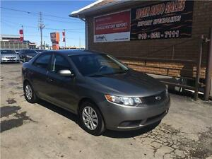 2010 Kia Forte LX***AUTO***ONLY 120 KMS****GREAT ON GAS****