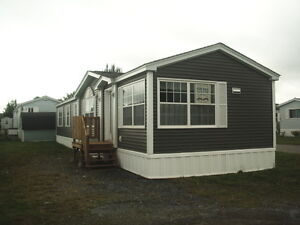 MAPLE LEAF SHOW HOME - QUICK CLOSING AVAILABLE!
