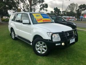 2014 Mitsubishi Pajero NW MY14 GLX-R White 5 Speed Sports Automatic Wagon Ferntree Gully Knox Area Preview