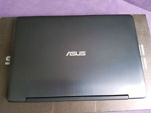 "Mint condition, Asus Transformer 11.6"" N3050 4GB RAM, 64GB SSD"