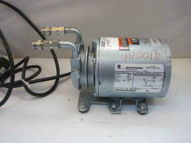 13769 GAST Vacuum Pump 0211-143-G8CX 1/6 HP Good Used Condition