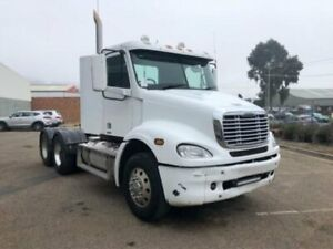 2007 Freightliner COLUMBIA CL112 FLX White Prime Mover Kooringal Wagga Wagga City Preview