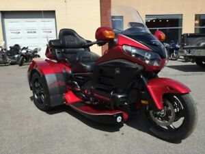 honda goldwing achetez ou vendez des motos routi res sportives dans qu bec petites annonces. Black Bedroom Furniture Sets. Home Design Ideas