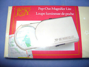 Pop-Out Magnifier Lite / Magnifying Glass w/ Light - BRAND NEW! London Ontario image 1