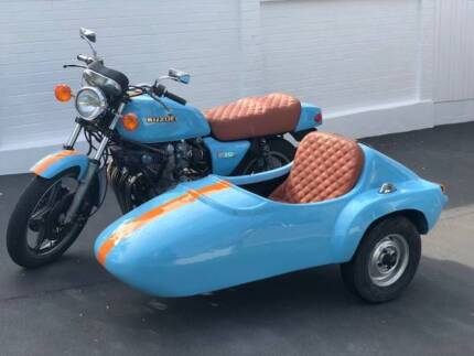 Motor Scooter With Sidecar