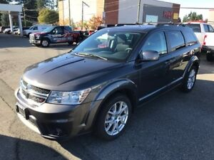 2014 Dodge Journey SXT with UConnect, Touchscreen and Moonroof
