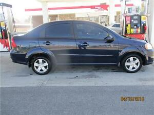 2009 PONTIAC G3 WAVE .AUTO...LIKE NEW WITH ONLY 112,000KMS!