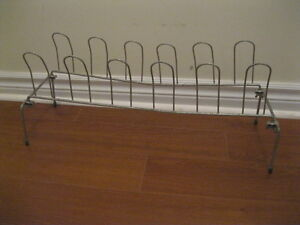METAL  FOLDING    SIX (6) SHOE  RACK ... GREAT  CONDITION!