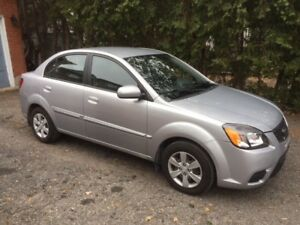 2011 KIA Rio EX Convenience Sedan Low Miles, Very Good Condition