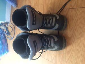 Airwalk snowboard boots M size 7