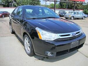2008 Ford Focus SES Auto Htd Lthr/S.Roof/Bluetooth ~ Only 67K