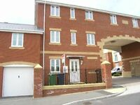 Exeter three storey, 3 bedroomed townhouse to let unfurnished.