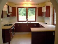 ♦♦♦ Carpenter & Joiner, Furniture/ Kitchen/ Doors/ Skirting fitter offers professional services ♦♦♦