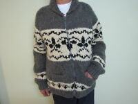 MEN'S HAND KNITTED CARDIGAN SWEATER