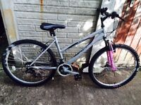 LADY'S MOUNTAIN BIKE WITH FRONT SUSPENSION