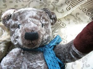 """20"""", 21"""" ANTIQUE VINTAGE JOINTED BEIGE OR BROWN MIX TEDDY BEARS"""