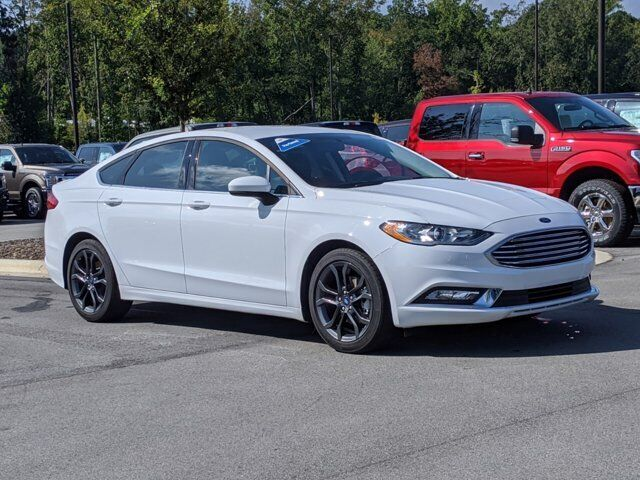 2018 Ford Fusion SE 23642 Miles Oxford White 4dr Car Intercooled Turbo Regular U